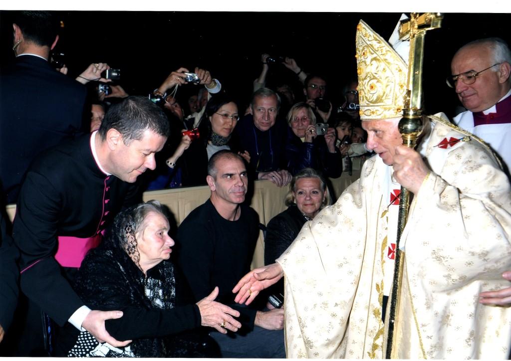 Santina incontra il Santo Padre il 5 aprile 2012